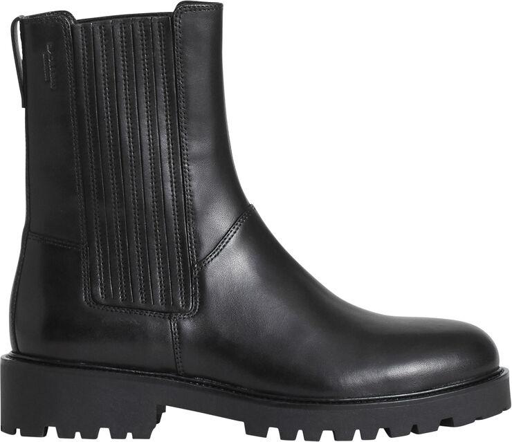 Boots low heel chunky