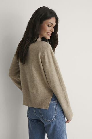 Round Neck Side Slit Knitted Sweate